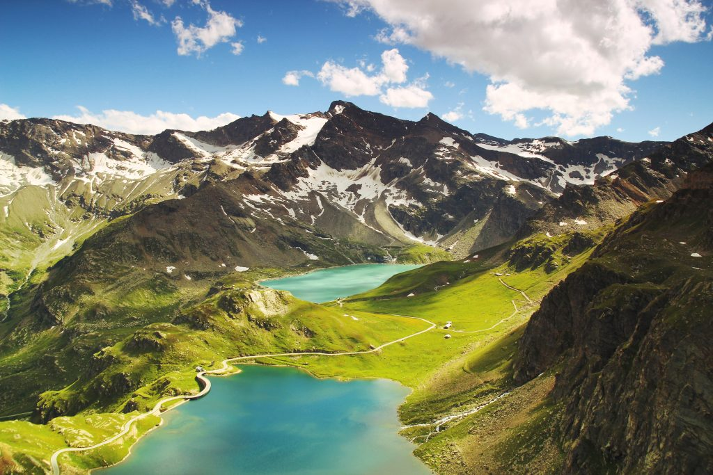 this is a photo of two lakes that we are using to describe data lakes
